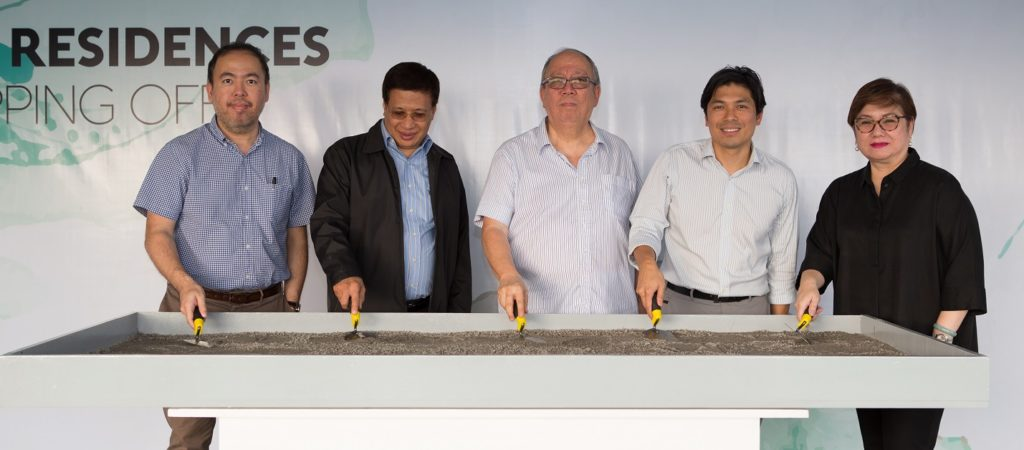 Acqua Private Residences Topping Off