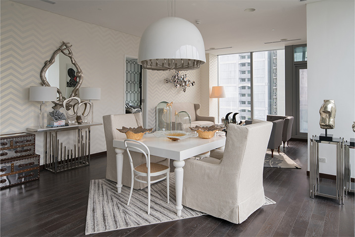 dining area at trump tower unit