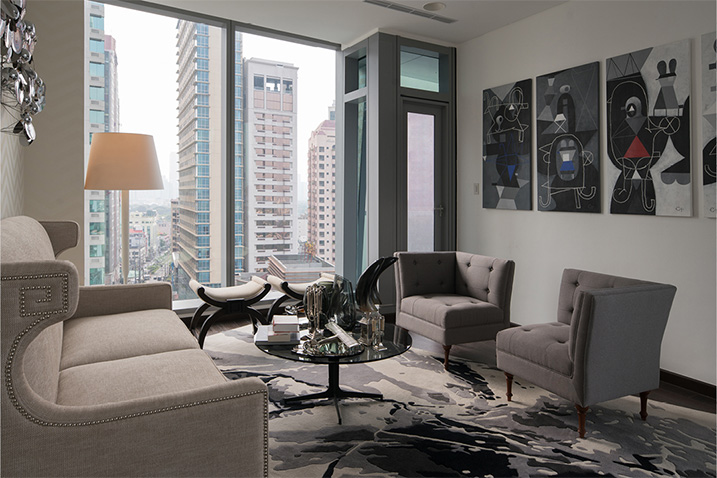living room at trump tower unit