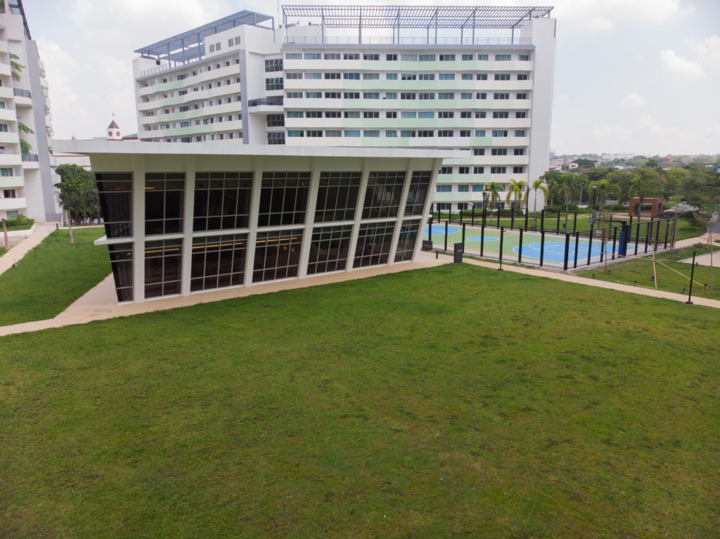 clubhouse at the residences at commonwealth by century