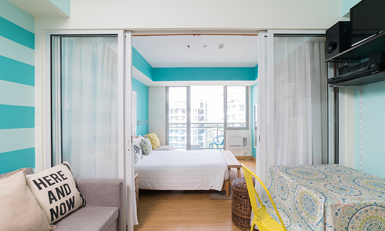 sample bedroom style at azure urban residences